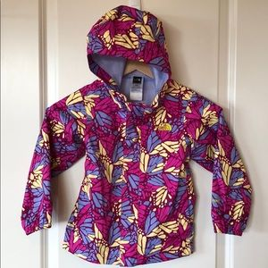 The North Face 4T Butterfly Hyvent Rain Shell